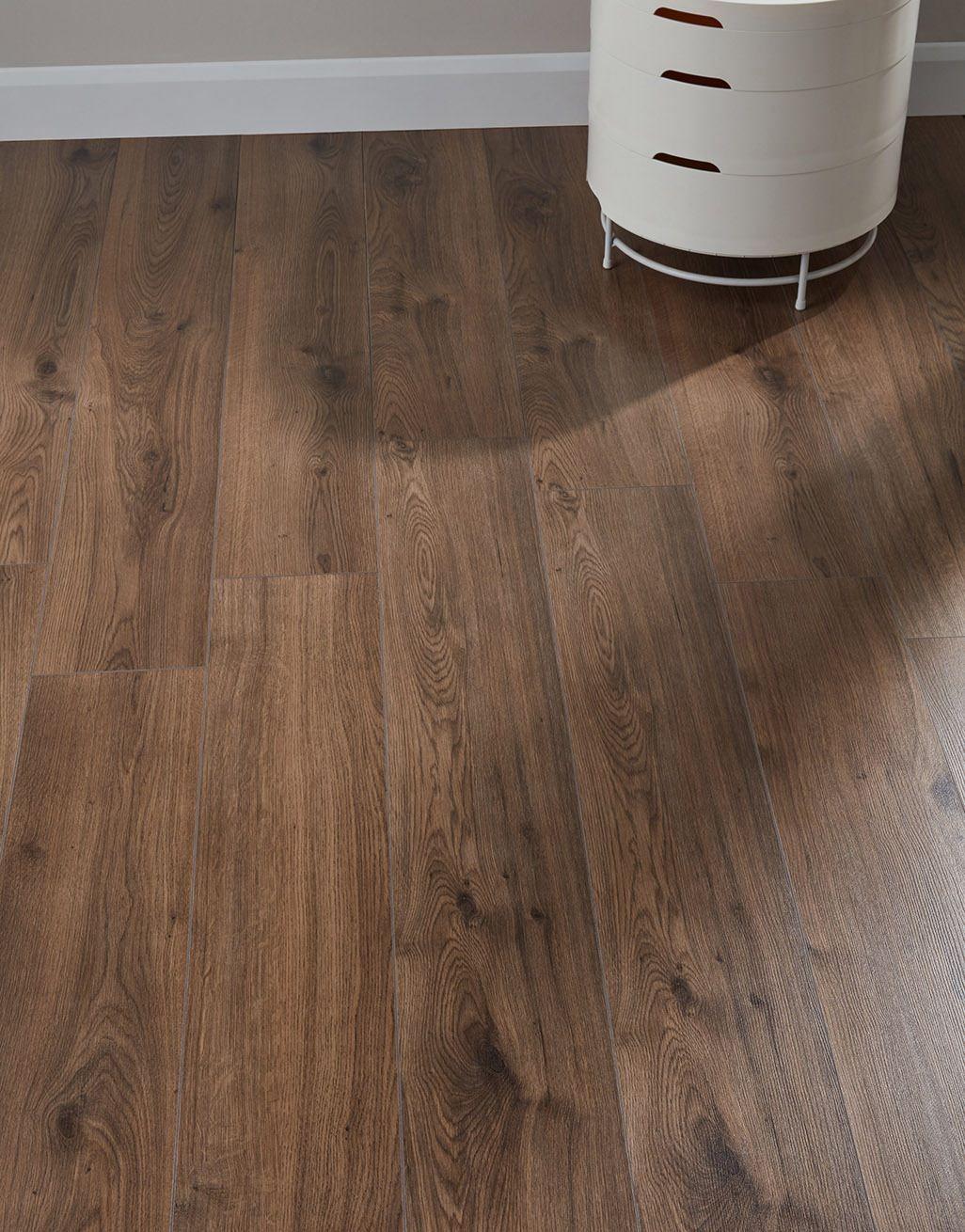 Farmhouse Dark Oak Laminate Flooring, Laminate Flooring Dark Brown