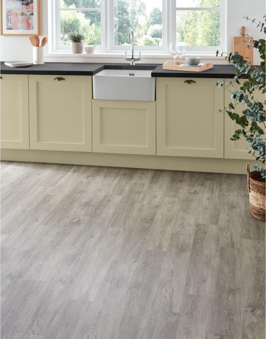 Trade Select Light Grey Oak Lvt