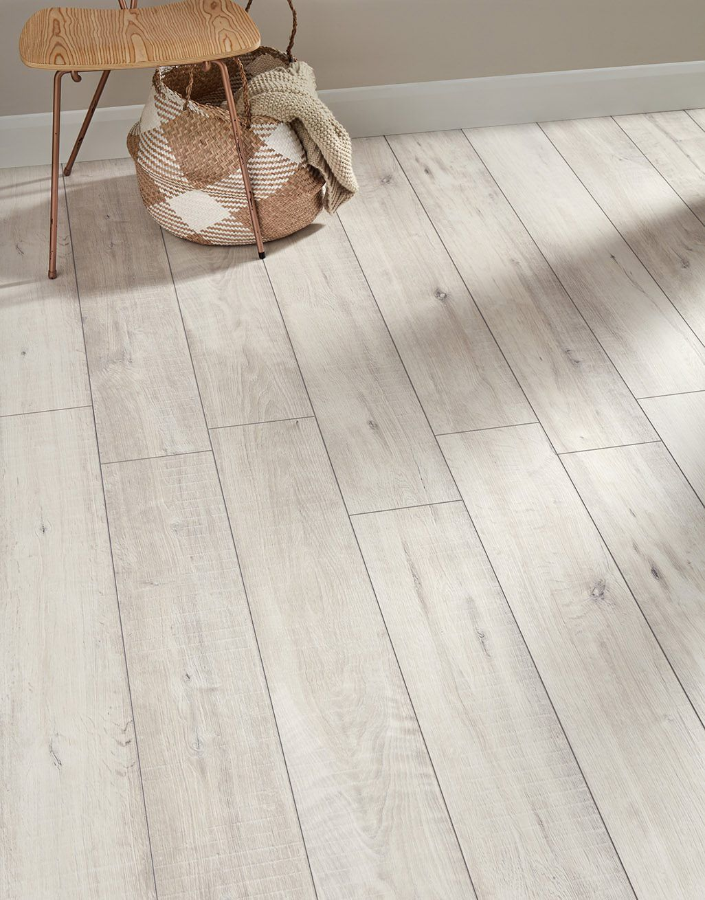 Gala Oak White Laminate Flooring, White Oak Laminate Flooring 12mm