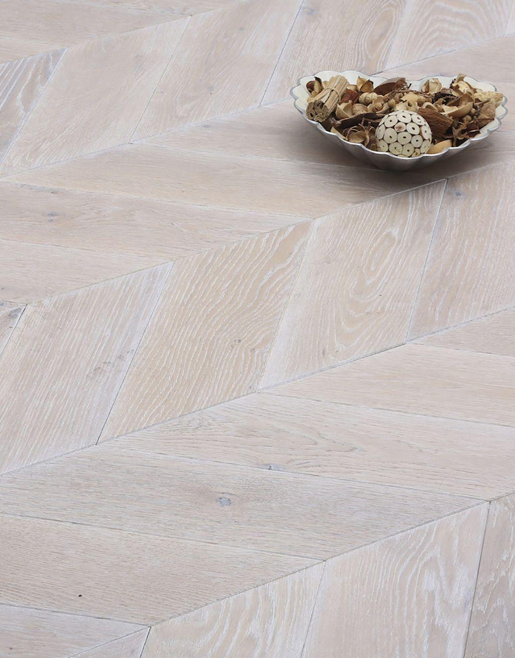 Whitewashed Oak Chevron Solid Wood, Laminate Flooring White Washed Oak