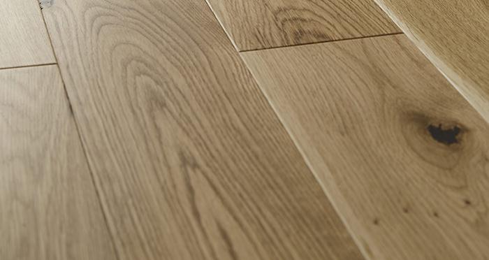 Carpenters Choice Oak 135mm Wide Brushed & Lacquered - Descriptive 1