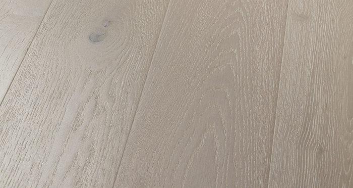 Mayfair Pearl River Oak Engineered Wood Flooring - Descriptive 1