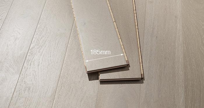 Mayfair Pearl River Oak Engineered Wood Flooring - Descriptive 2