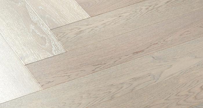 Marylebone Apollo Grey Oak Brushed & Lacquered Engineered Wood Flooring - Descriptive 2