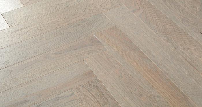 Marylebone Apollo Grey Oak Brushed & Lacquered Engineered Wood Flooring - Descriptive 3