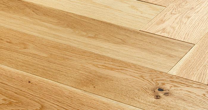 Marylebone Champagne Oak Brushed & Lacquered Engineered Wood Flooring - Descriptive 1
