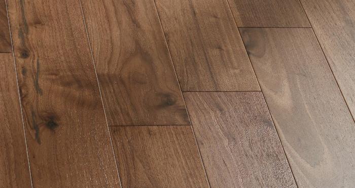 Salcombe Walnut Brushed & Lacquered Engineered Wood Flooring - Descriptive 3