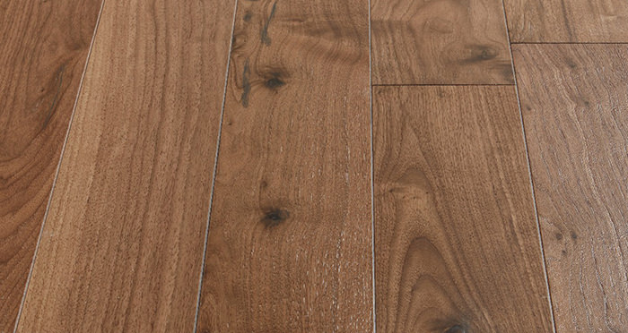 Salcombe Walnut Brushed & Lacquered Engineered Wood Flooring - Descriptive 4