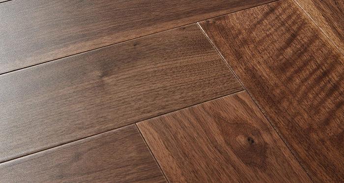 Marylebone Walnut Lacquered Engineered Wood Flooring - Descriptive 1