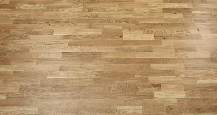 Washington Oak Lacquered Engineered Wood Flooring - Descriptive 3
