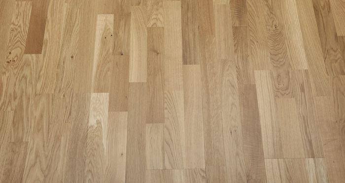 Washington Oak Lacquered Engineered Wood Flooring - Descriptive 4