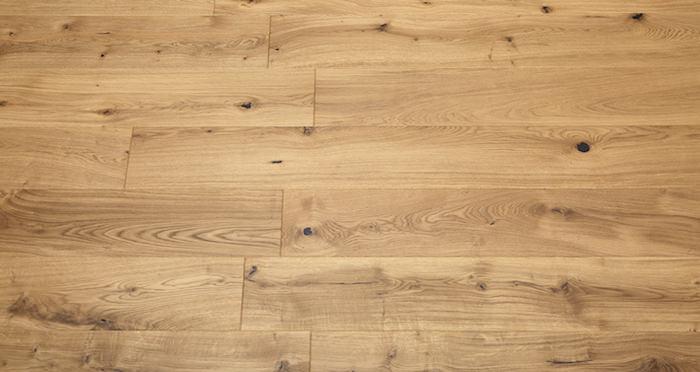 Mayfair Grande Oak Brushed & Oiled Engineered Wood Flooring - Descriptive 3