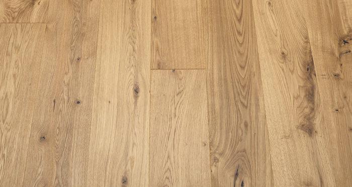 Mayfair Grande Oak Brushed & Oiled Engineered Wood Flooring - Descriptive 5