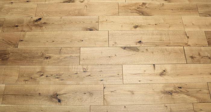 Rustic Heritage Oak Brushed & Oiled Solid Wood Flooring - Descriptive 3