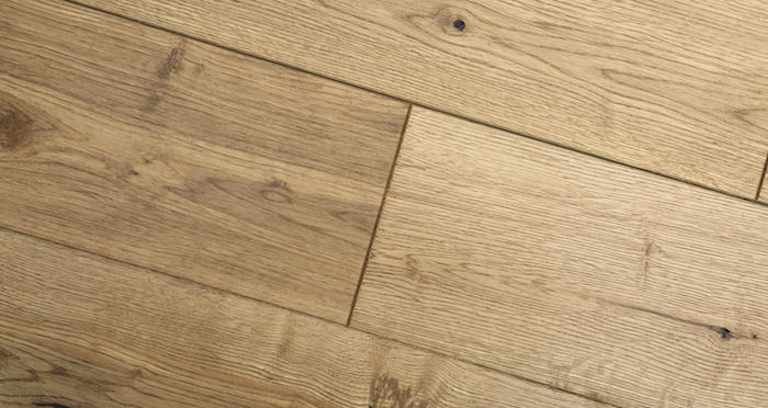 Rustic Heritage Oak Brushed & Oiled Solid Wood Flooring - Descriptive 4