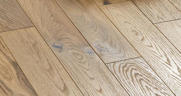 Studio Boathouse Oak Brushed & Oiled Engineered Wood Flooring - Descriptive 5