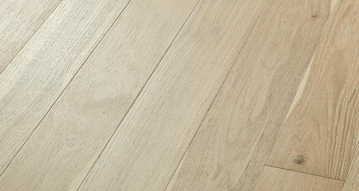 Salcombe Whitewashed Coastal Oak Engineered Wood Flooring - Descriptive 1
