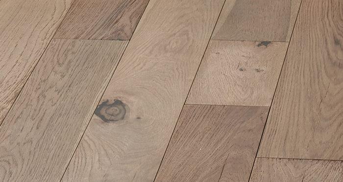 Manhattan Boathouse Oak Brushed & Oiled Engineered Wood Flooring - Descriptive 6