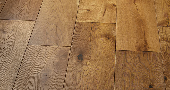 Mansion Golden Smoked Oak Brushed & Lacquered Engineered Wood Flooring - Descriptive 2