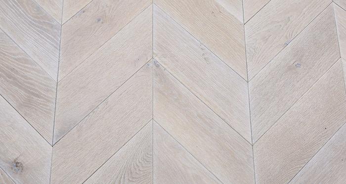 Whitewashed Oak Chevron Oak Solid Wood Flooring - Descriptive 1
