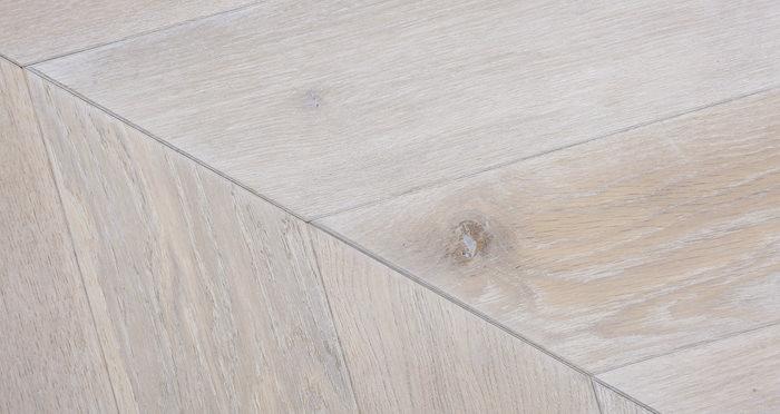 Whitewashed Oak Chevron Oak Solid Wood Flooring - Descriptive 3