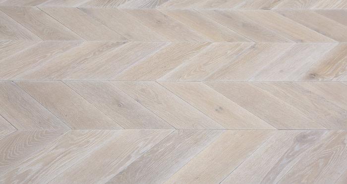 Whitewashed Oak Chevron Oak Solid Wood Flooring - Descriptive 4