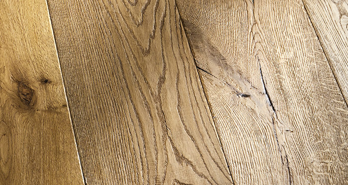 Kingswood Oak Distressed Brushed & Lacquered Engineered Wood Flooring - Descriptive 3