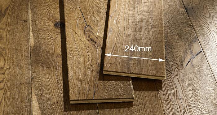 Kingswood Oak Distressed Brushed & Lacquered Engineered Wood Flooring - Descriptive 6