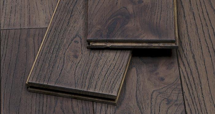 Aged Teak Lacquered Solid Wood Flooring - Descriptive 1