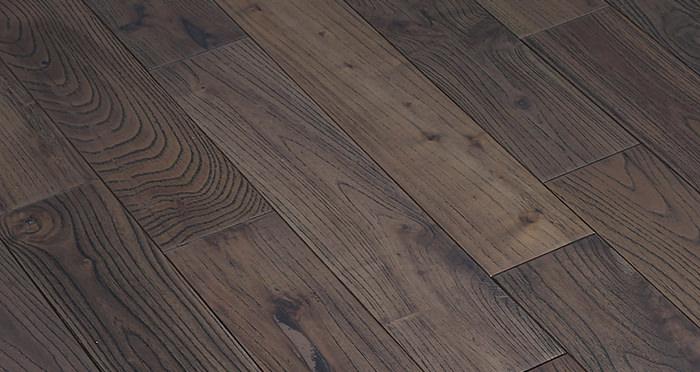 Aged Teak Lacquered Solid Wood Flooring - Descriptive 3