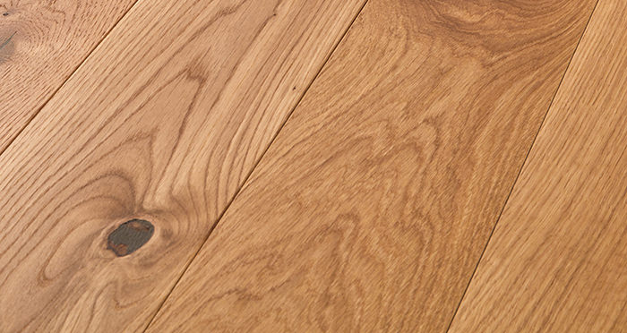 Deluxe Natural Oak Solid Wood Flooring - Descriptive 1