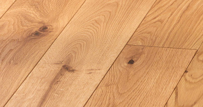 Deluxe Natural Oak Solid Wood Flooring - Descriptive 2