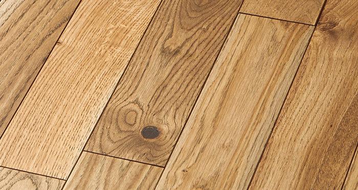 Castle Brown Oak 90mm Oiled Solid Wood Flooring - Descriptive 6