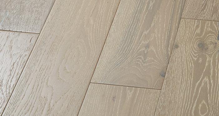 Manhattan Pearl Grey Oak Brushed & Lacquered Engineered Wood Flooring - Descriptive 5