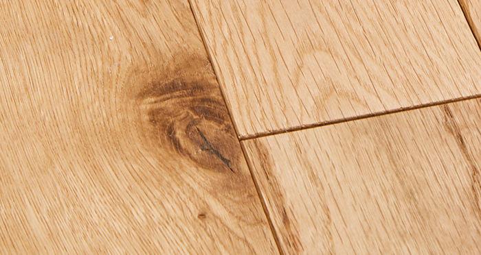 Natural Oak 90mm Oiled Solid Wood Flooring - Descriptive 3