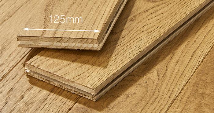 Elegant Golden Oak Brushed & Oiled Solid Wood Flooring - Descriptive 3