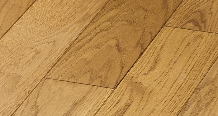 Elegant Golden Oak Brushed & Oiled Solid Wood Flooring - Descriptive 4