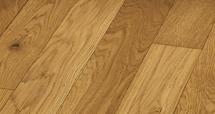 Elegant Golden Oak Brushed & Oiled Solid Wood Flooring - Descriptive 5