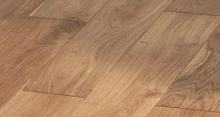 Manor Golden Smoked Oak Brushed & Lacquered Engineered Wood Flooring - Descriptive 5