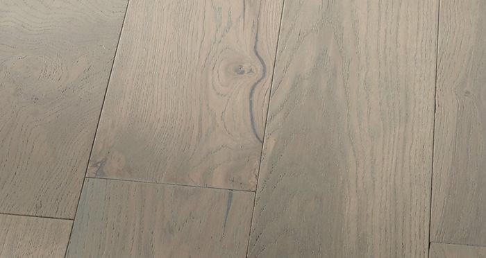 Manhattan Apollo Grey Oak Brushed & Lacquered Engineered Wood Flooring - Descriptive 6