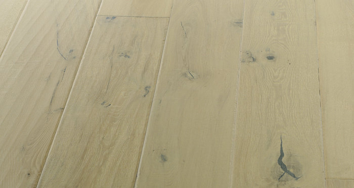 Riviera Almond Oak Brushed & Oiled Engineered Wood Flooring - Descriptive 2