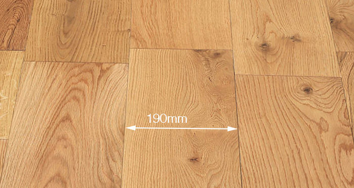 Manhattan Natural Oak Lacquered Engineered Wood Flooring - Descriptive 4