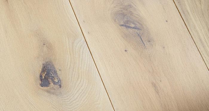 Prestige Frosted Oak Solid Wood Flooring - Descriptive 2