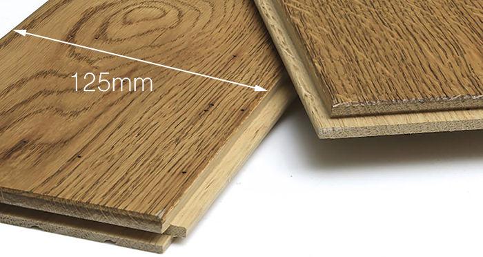 Aged & Rustic Golden Oak Brushed & Oiled Solid Wood Flooring - Descriptive 4