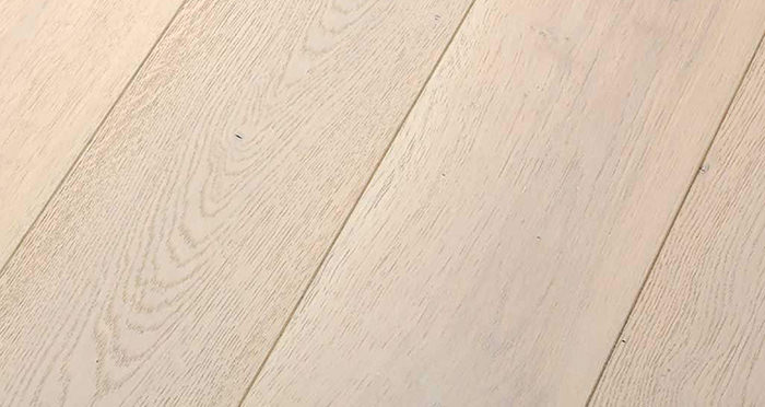 Frozen Oak Brushed & Lacquered Engineered Wood Flooring - Descriptive 1
