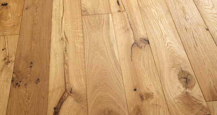 Manhattan Natural Oak Brushed & Oiled Engineered Wood Flooring - Descriptive 2