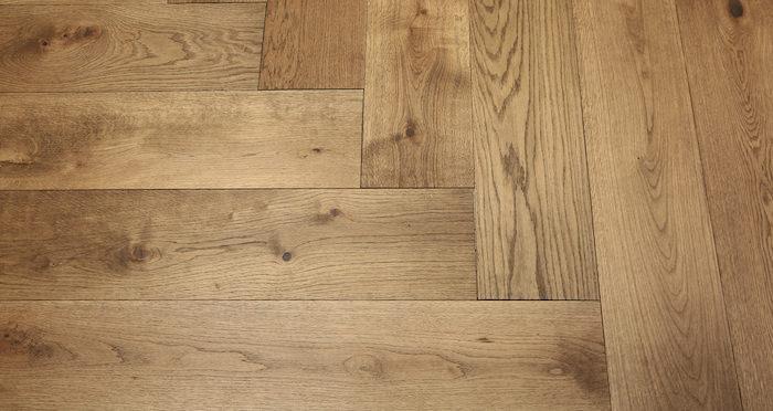 Prestige Herringbone Chocolate Oak Oiled Engineered Wood Flooring - Descriptive 4