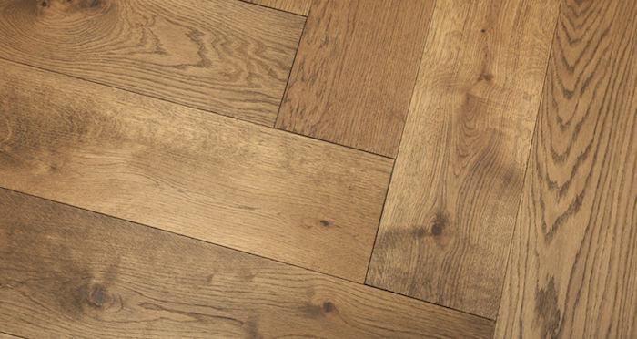 Prestige Herringbone Chocolate Oak Oiled Engineered Wood Flooring - Descriptive 5