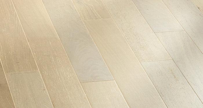 Salcombe Grey Pebble Oak Engineered Wood Flooring - Descriptive 3