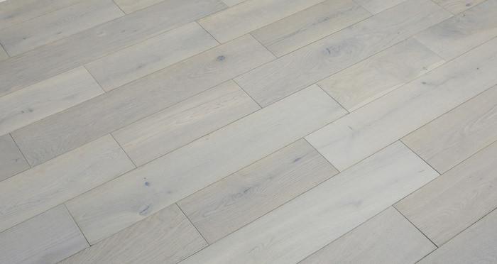 Frozen Oak Brushed & Lacquered Engineered Wood Flooring 150mm - Descriptive 5